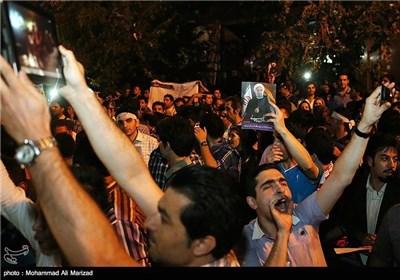 احتفالات شعبیة بفوز حسن روحانی برئاسة ایران الاسلامیة