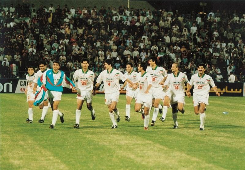 گزارش AFC از بازیهای افتتاحیه به یادماندنی جام ملتهای آسیا و پیروزی پر گل ایران در سال 2000