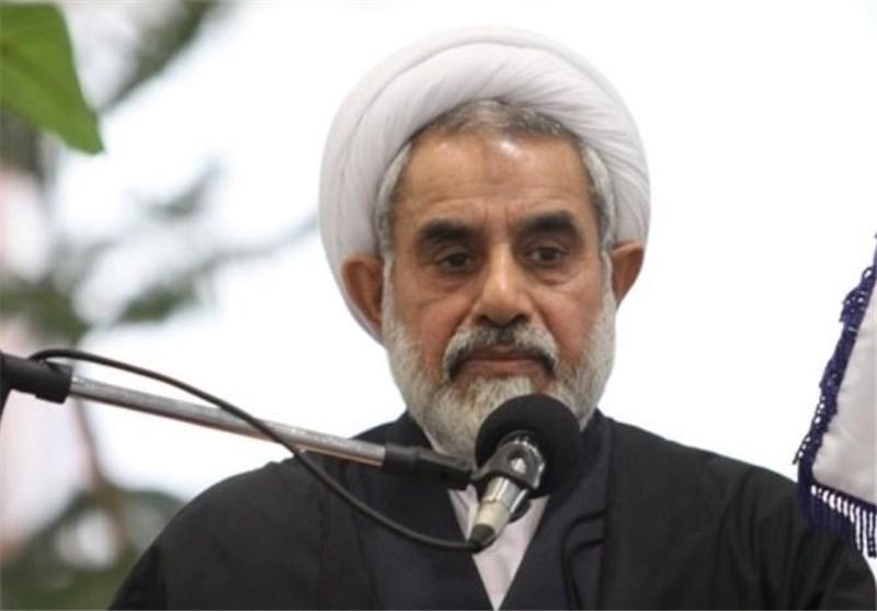 انتقال فرهنگ و ارزشهای انقلاب اسلامی به نسل جدید ضروری است