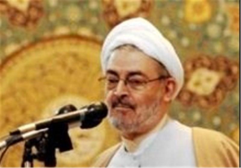 رشت  هر دستی علیه ایران دراز شود سپاه مقتدر و ارتش نیرومند ما آن دست را قطع میکنند