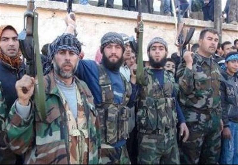 """الغاردیان : السعودیة تغدق المال على """"الجیش الحر"""" فی سوریا بالعملة الصعبة لتشجع على الإنشقاق"""