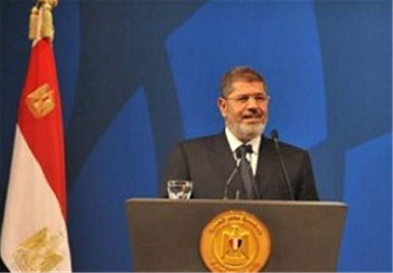 مرسی یتجاهل الملایین فى الشوارع ویتمسک بالسلطة محملا نظام مبارک مسؤولیة الأزمة