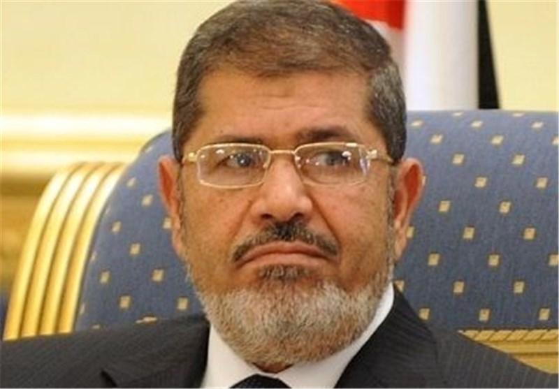 الجزیره: مرسی در جلسه قبلی دادگاه گفته بود خطری جانش را تهدید میکند