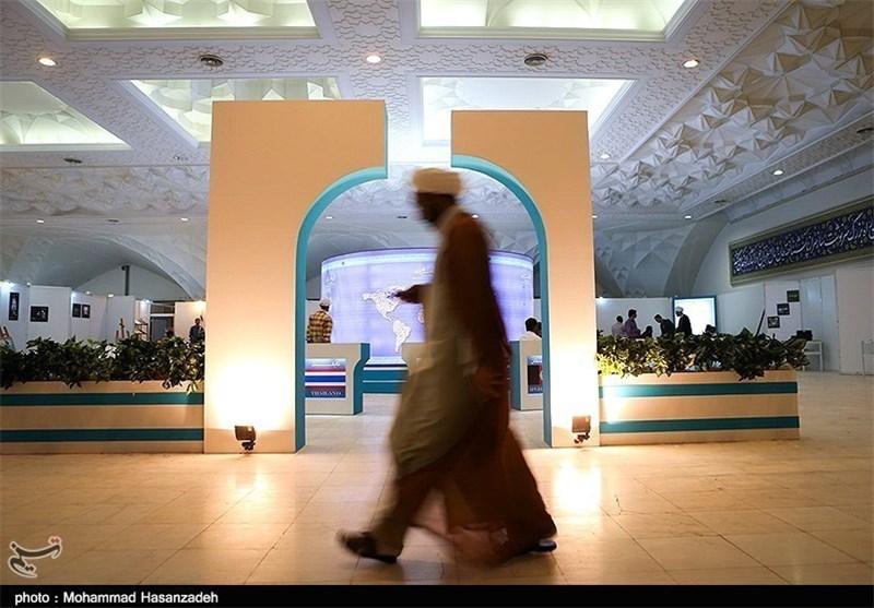 امشب؛ بررسی ملاک های اخلاقی در جامعه تهران در نمایشگاه قرآن