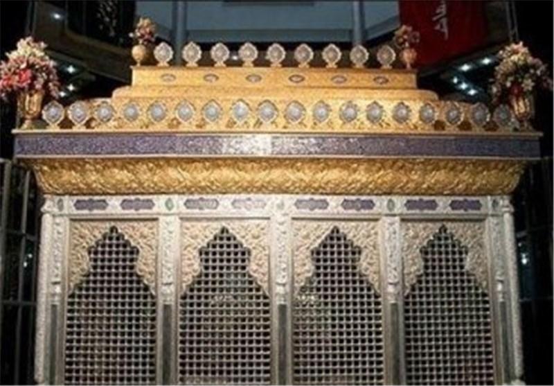 الضریح الجدید لمرقد مسلم بن عقیل(ع) یصل العراق