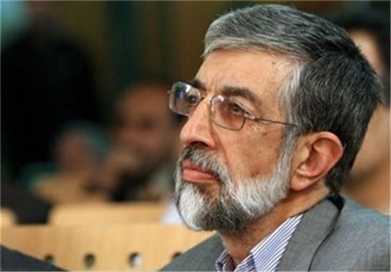 مراسم بزرگداشت مرحوم پرورش در مسجد نورباران اصفهان آغاز شد