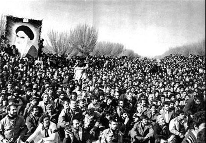 نظر اندیشمندان غربی درباره انقلاب اسلامی؛ از افسانه تا واقعیت غیرقابل تحلیل