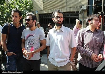 بهروز شعیبی در تجمع سینماگران مقابل خانه سینما