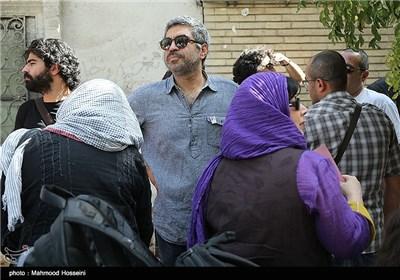 سروش صحت در تجمع سینماگران مقابل خانه سینما
