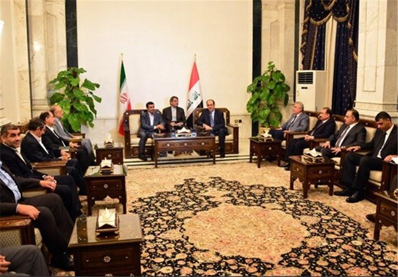 أحمدی نجاد یبحث مع المالکی سبل تعزیز العلاقات الثنائیة
