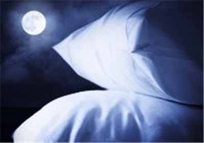 Bad Night's Sleep? Moon Could Be to Blame