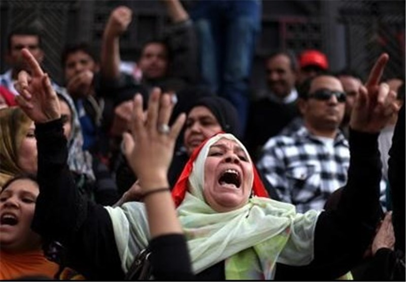 Egypt Protesters Reject Gov't's Offer of Safe Passage