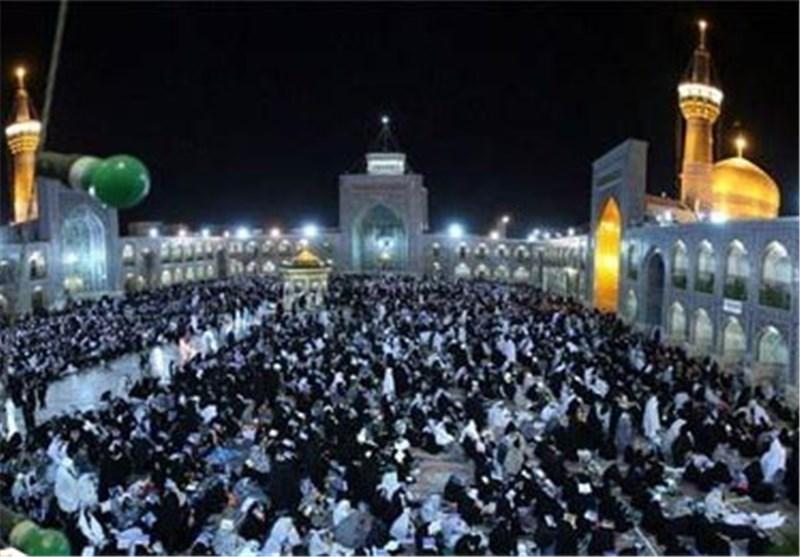 ایران الاسلامیة تشهد احتفالات عظیمة بمناسبة میلاد النبی الاکرم وحفیده الامام الصادق (ع)