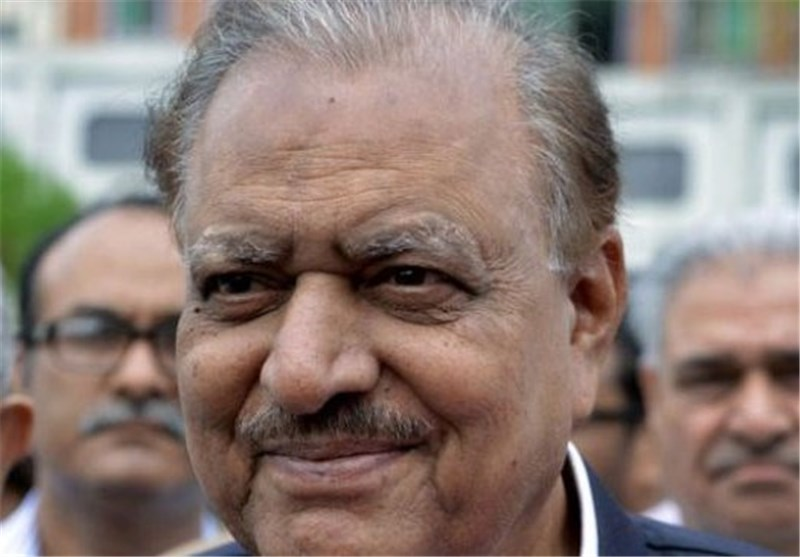 Pakistan Swears in New President Mamnoon Hussain