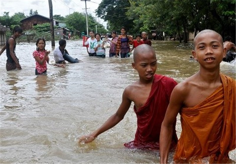 Myanmar Floods Force 25,000 into Camps