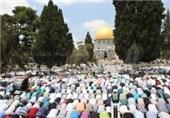 200 هزار فلسطینی نخستین نماز جمعه ماه رمضان را در مسجدالاقصی به جا آوردند