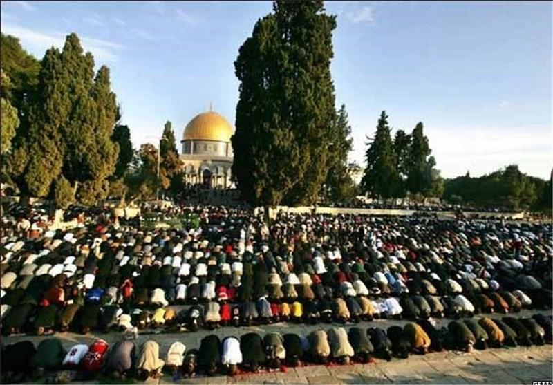 Israeli Forces Surround Al-Aqsa Mosque