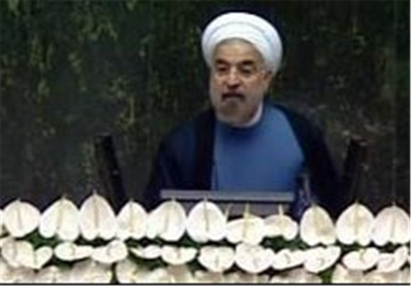 Rouhani: Iran Not to Succumb to Sanctions