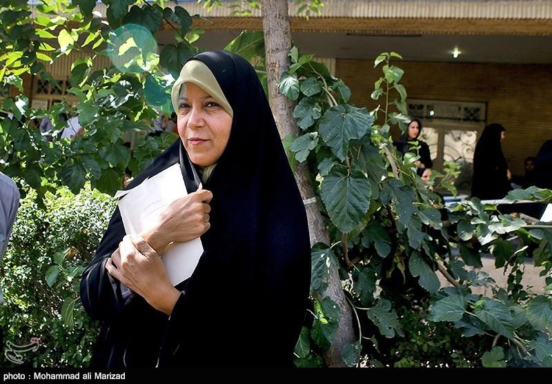 چرا محکومیت فائزه هاشمی کامل اجرا نمیشود؟