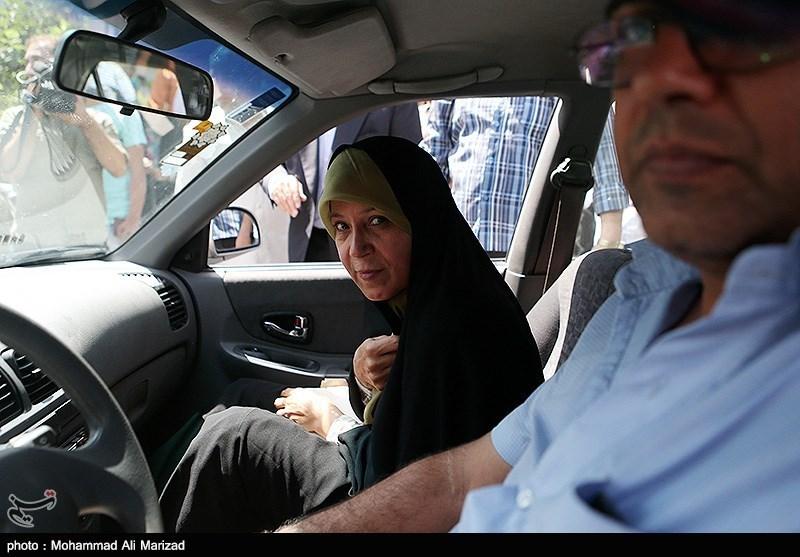 در حاشیه دادگاه فائزه هاشمی