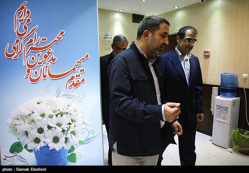 حضور سید حسن قاضی زاده هاشمی وزیر پیشنهادی وزارت بهداشت دولت یازدهم در خبر گزاری تسنیم