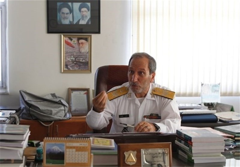 Commander Stresses Navy's Focus on Development of Iran's Southeastern Coasts