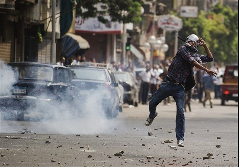 Two Egyptian Security Forces Killed in Crackdown on Protest Camp