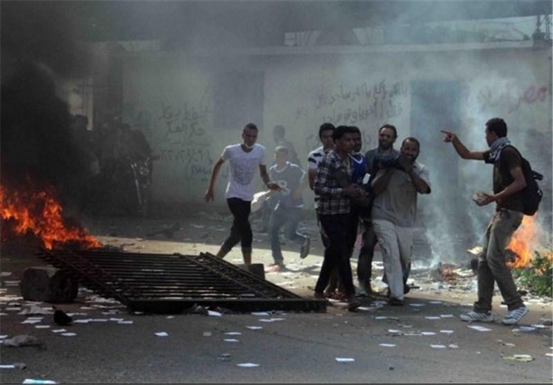 "Larijani Stresses ""National Dialogue"" to End Egyptian Crisis"