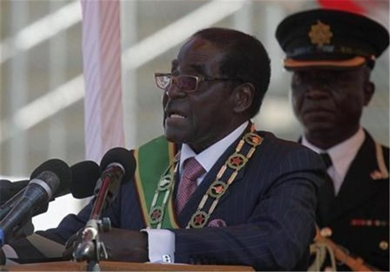 Mugabe Threatens Western Firms in Zimbabwe