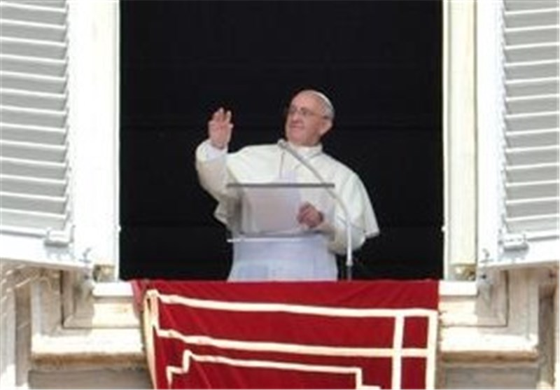 War Never Again, Says Pope on Syria