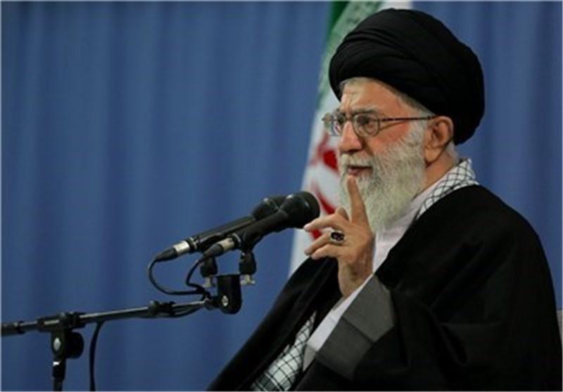 الإمام الخامنئی:المنطقة کمستودع البارود والتدخل الأمریکی فی سوریا سیکون کارثیاً