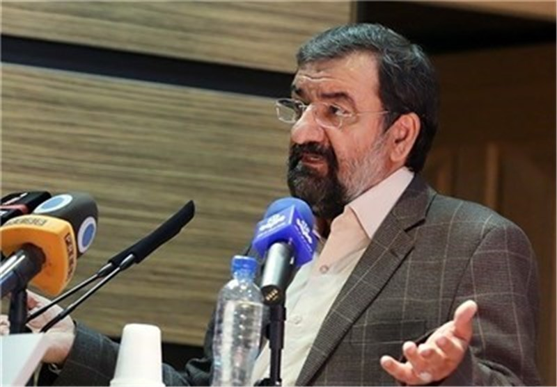 رضائی: السبیل الوحید لانقاذ ایران الاسلامیة من الحظر هو الصمود علی قیم الثورة الاسلامیة