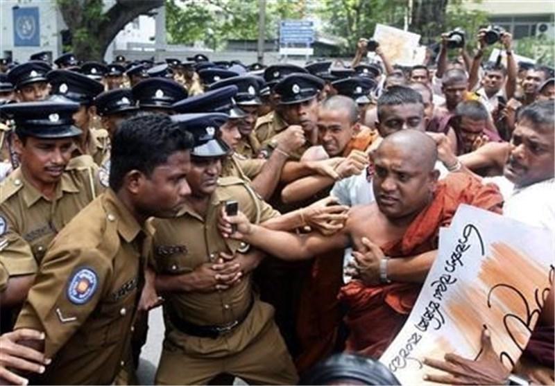 درگیری پلیس و راهبان بودایی در سریلانکا