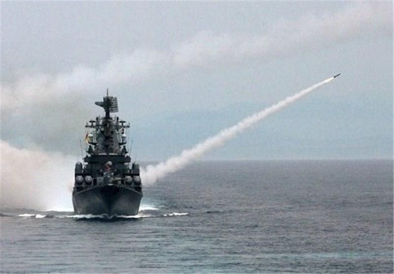 """""""قاتل حاملات الطائرات"""" الطرادالصاروخی الروسی """"موسکو"""" یتجه الى البحر المتوسط"""