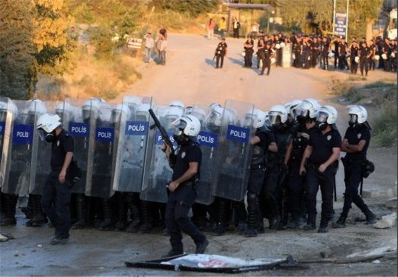 Turkey Clashes Leave One Dead