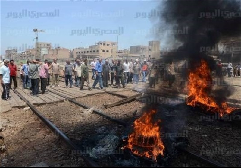 1 Killed in Clashes between Supporters, Opponents of Mursi