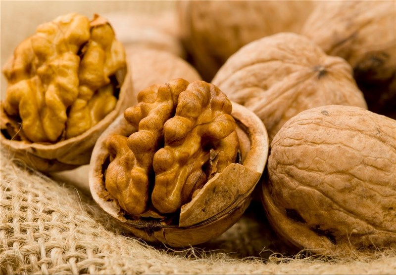 Eating Nuts While Pregnant Could Reduce Child's Risk of Allergy