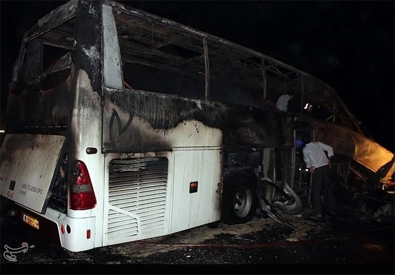برخورد اتوبوس با تریلر در بم 19 کشته و مجروح بر جای گذاشت