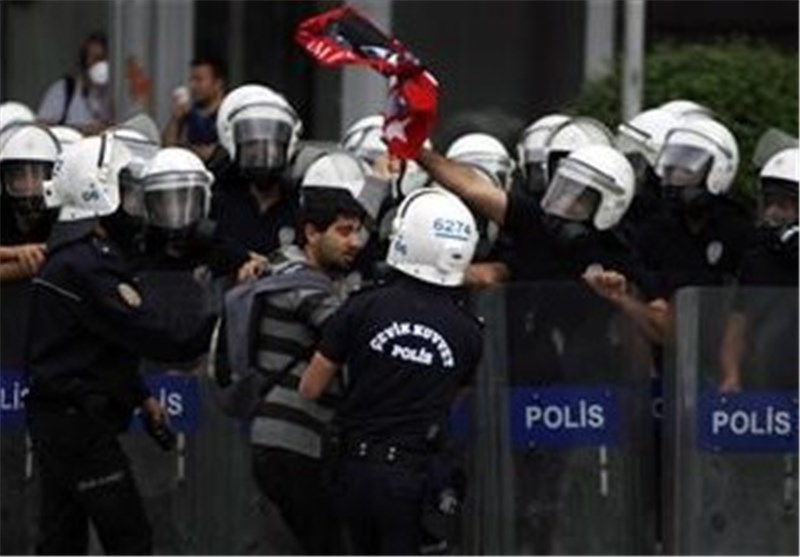 Turkey Suffers 3rd Night of Clashes