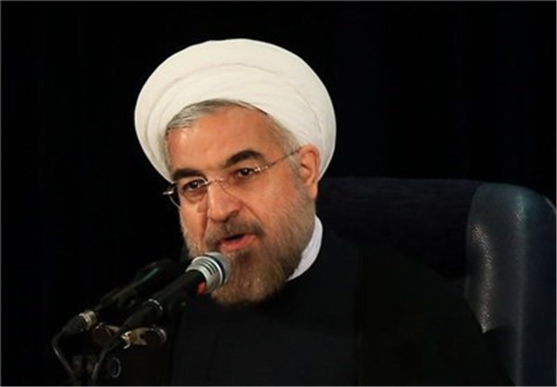 Rouhani Lauds IRGC's Role in Defending Nation
