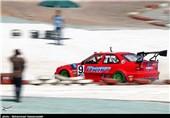 اتومبیلران لارستانی قهرمان مسابقات رالی صحرایی قشم شد