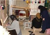 4000 قالی باف در شهرستان شاهین دژ پروانه فعالیت گرفتند