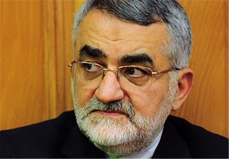 بروجردی یؤکد وقوف ایران الاسلامیة الی جانب الشعب السوری وحکومته