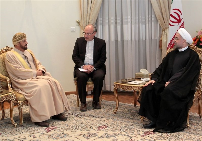 President Rouhani Stresses Peace in Strait of Hormuz, Closer Ties with Neighbors