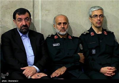 Senior IRGC Commanders, Veterans Meet with Supreme Leader