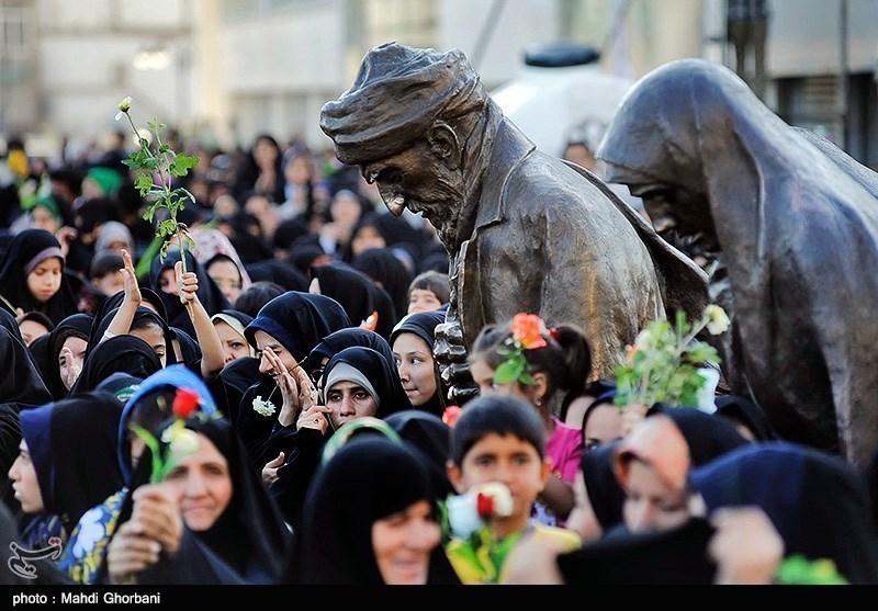 Shiite Muslims Celebrate Birthday of Imam Reza (AS)