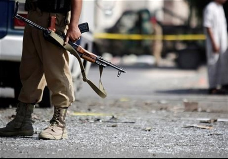 Five Yemeni Soldiers Killed in Suicide Attack on Military Base