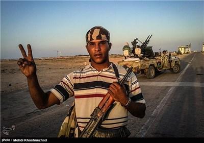 اینجا لیبی است، یک هفته بعد از مرگ دیکتاتور+تصاویر