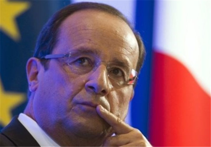 French President's Plane Surrounded by CAR Rebels