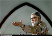 ورود امیر پور دستان فرمانده نیروی زمینی ارتش در مراسم رونمایی از 5 عنوان کتاب دفاع مقدس